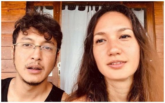 Artis Indonesia Ini Menikah Di Luar Negeri Dimas Anggara Dan Nadine Chandrawinata 49cbf