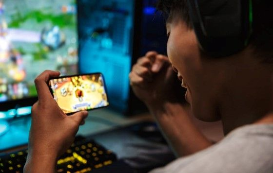 Bahaya Fenomena Judi Dalam Dunia ESports Children Gambling Ce904