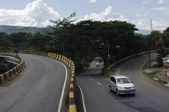 Jalan Ekstrim Indonesia 3 F538b