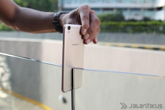 Smartphone Selfie Terbaik 2016 17