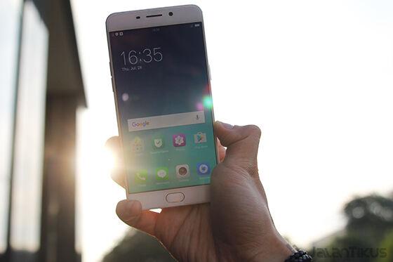 Smartphone Selfie Terbaik 2016 47