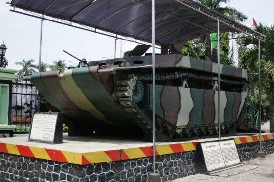 Senjata Perang Digunakan Pahlawan Indonesia 9 06d43