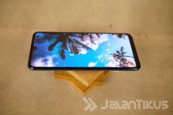 Review Huawei P30 Lite Body Depan 8818d