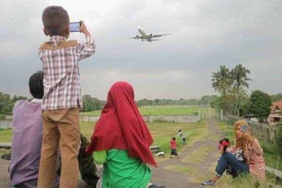 Tempat Ngabuburit Teraneh di Indonesia 3