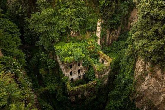Foto Kota Mati Karena Kekuatan Alam 5