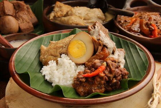 Makanan Indonesia Yang Terkenal Di Dunia 07d25