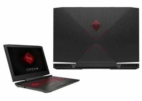 Laptop HP Omen 15 CE087TX A3355
