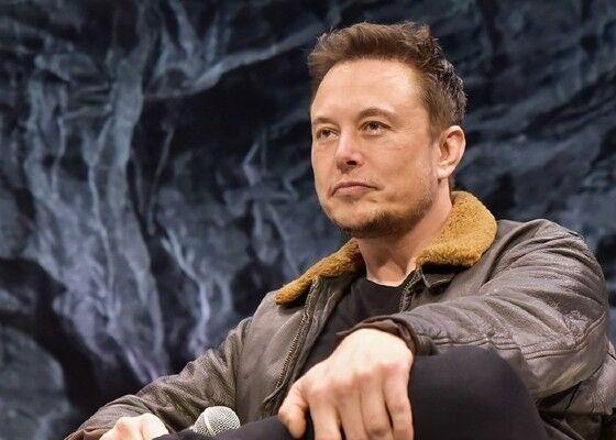 Elon Musk 7c23d