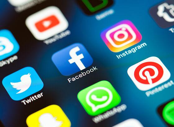 Facebook Lima Miliar