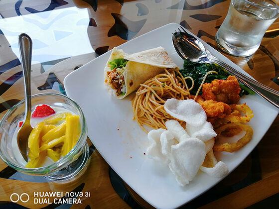Komparasi Huawei Nova 3i Vs Iphone X Food 01 2b711