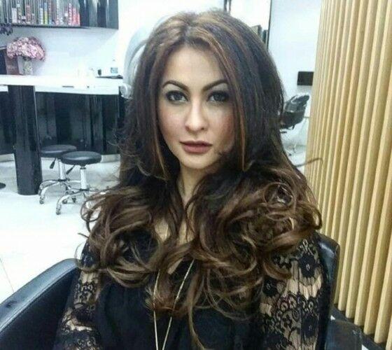 Diana Pungky Dengan Rambut Bergelombang 93139