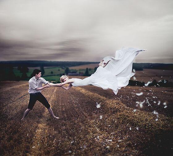 Foto Levitasi Yang Bagus Ya Tapi Begini Aslinya 2