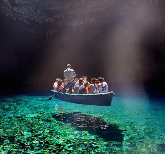 Foto Tempat Wisata Unik Di Dunia 03
