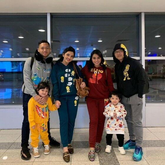 Keluarga Anang Hermansyah B0457