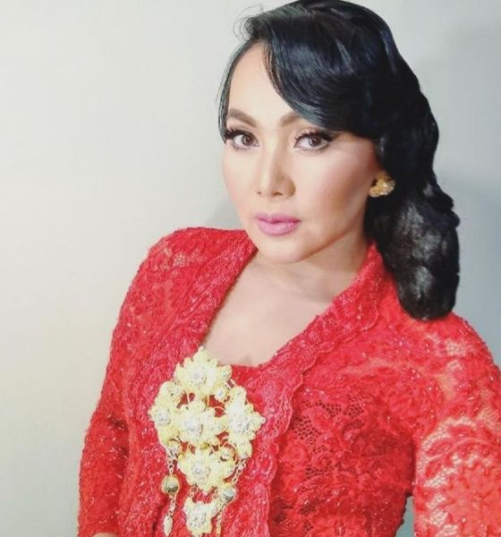 Sinden Dewi Gita Fa972
