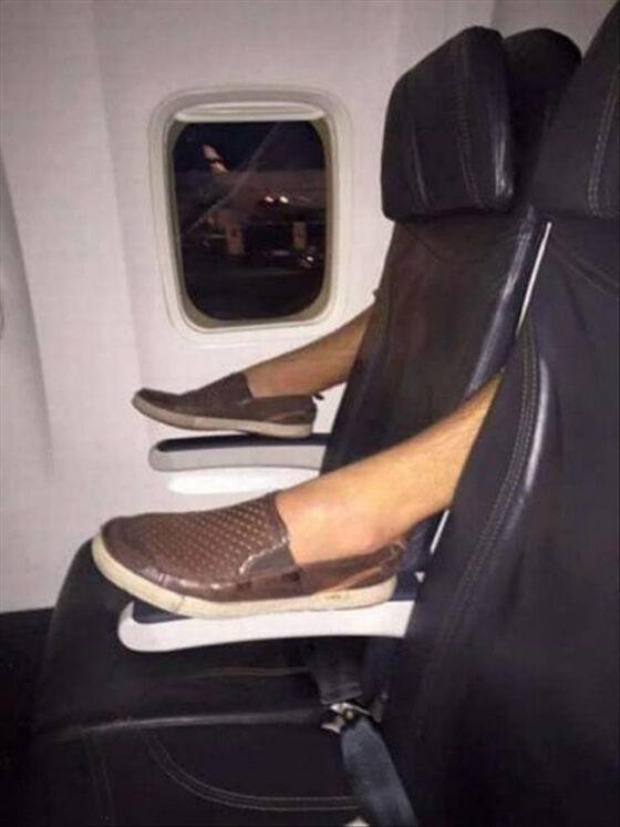 Foto Kejadian Unik Penerbangan 06