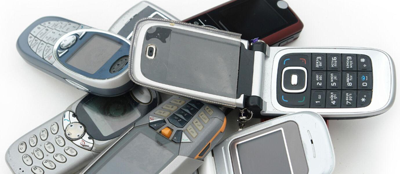 Beli HP Jadul Itu Rugi! Ini 5 Alasan Kenapa Kamu Harus Selalu Ikuti Perkembangan Smartphone
