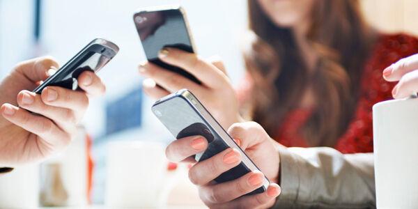 Alasan Smartphone 4g Tidak Layak Dimiliki Orang Indonesia 5