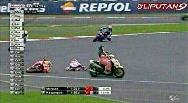 Ngakak Online 10 Meme Moto Gp Ini Bisa Bikin Motor Nyusruk 3 D6337