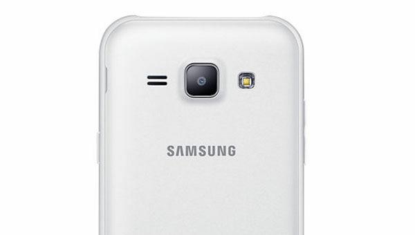 Galaxy J1 02