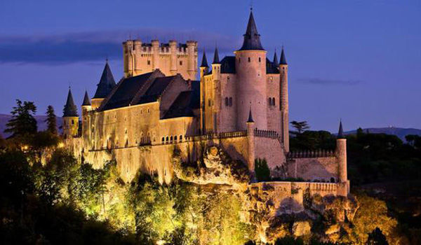 Segovia Istana Negeri Dongeng Di Dunia Nyata Dcf44