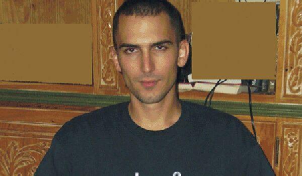 Jonathan B9886