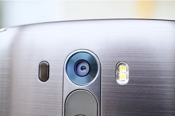 Perbandingan Asus Zenfone 2 Dengan Lg G Flex 2 Kamera