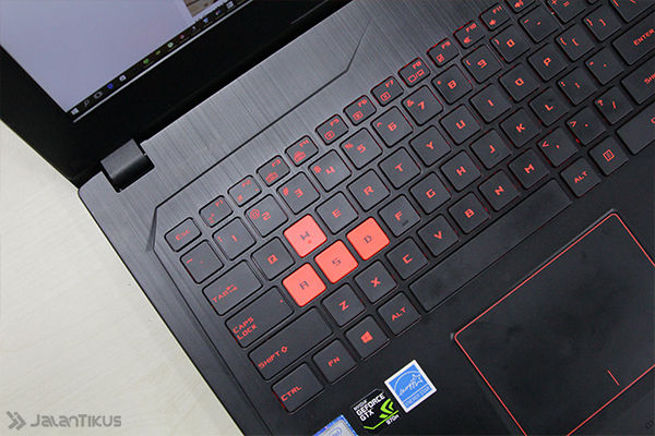 Review Asus Rog Gl502vt 4