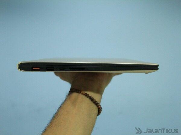 053 Review Lenovo Yoga 900