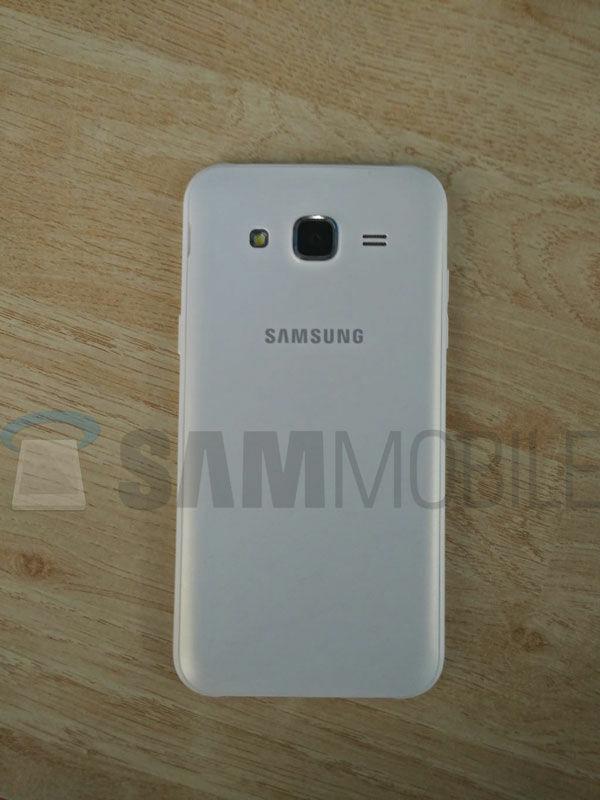 Foto Bocoran Spesifikasi Samsung Galaxy J5 5