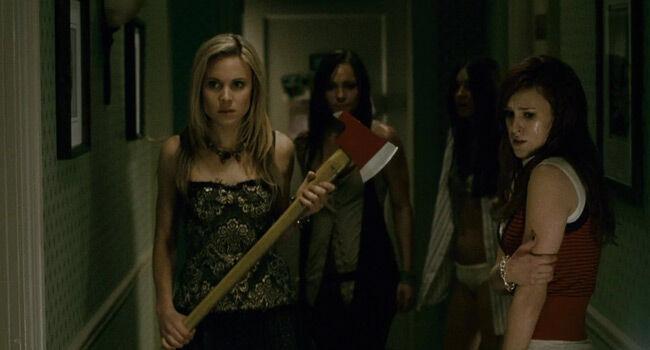 Klise Film Horror Yang Bodoh 1 85d52