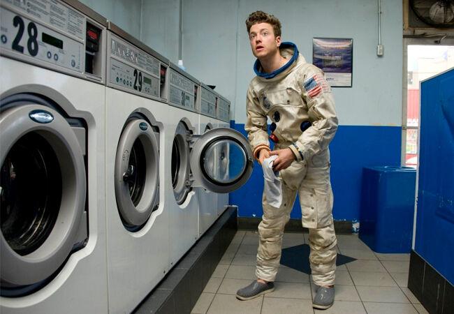 Mencuci Baju