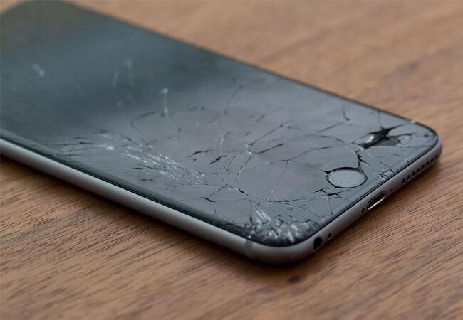 Bahaya Gunakan Smartphone Layar Pecah 2