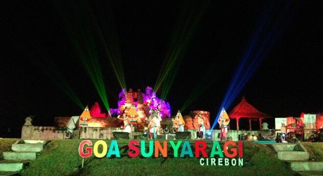 Wisata Malam Di Cirebon 6