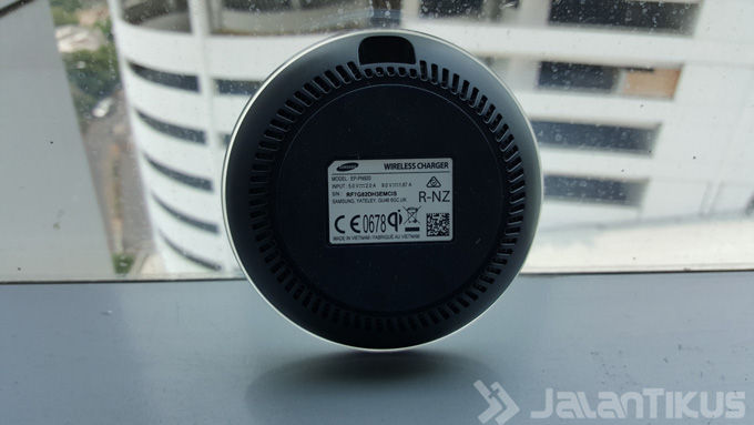 Review Samsung Qi Wireless Charger Pad Fast Charge 2