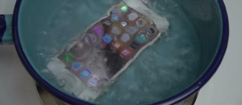 Video: iPhone 6S yang 'Katanya' Anti Air, Apakah Selamat Saat Direbus Air Panas?