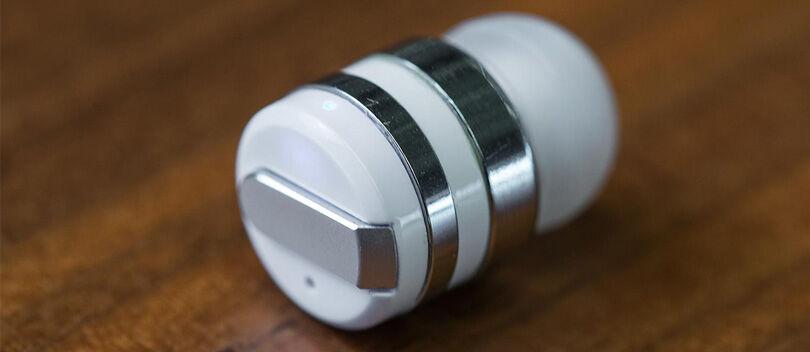 Ini Dia Headset Bluetooth Terkecil di Dunia