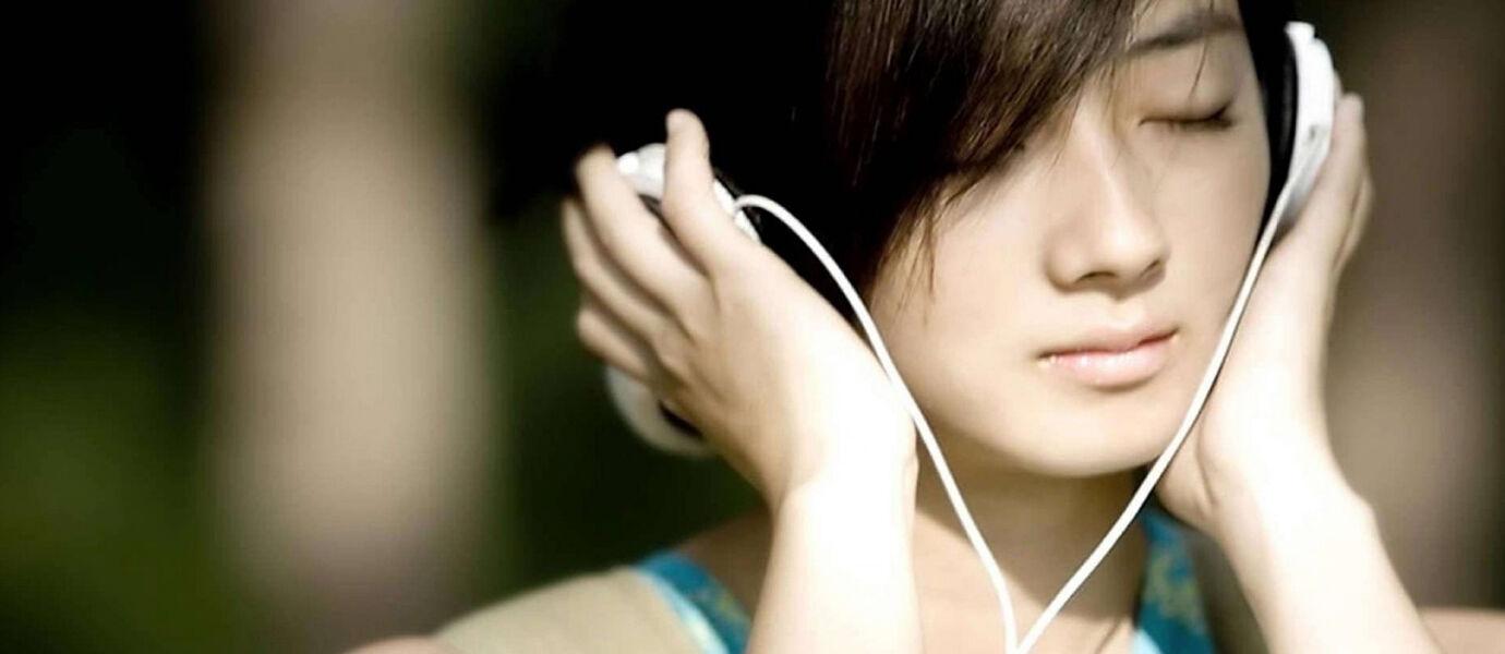 Cara Update Status BBM Sesuai Musik di BBM Versi 2.9.0.49 Terbaru
