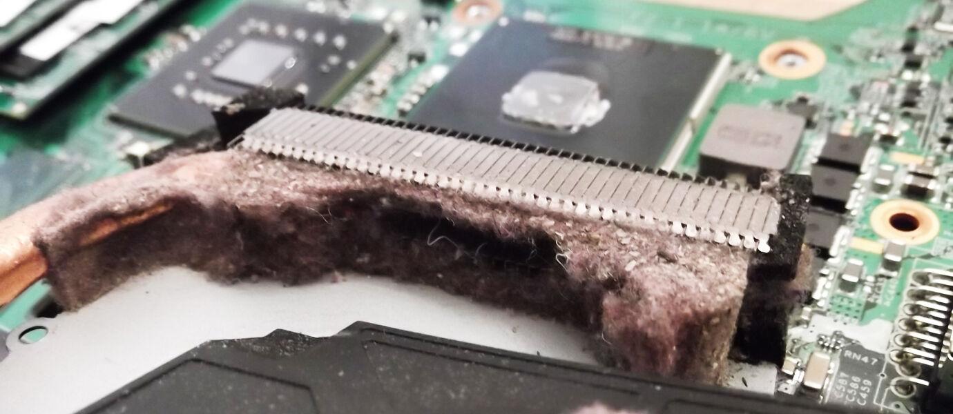 AWAS! Ini Dia Bahaya Laptop Panas Berlebihan dan Berdebu