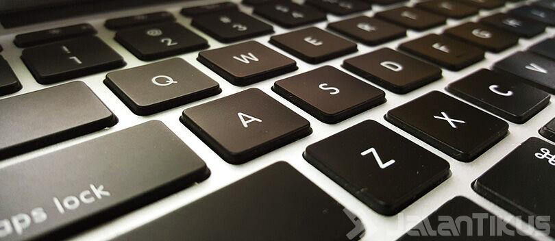 6 Cara Ini Dijamin Membuat Keyboard Laptop Awet Hingga Tahunan!