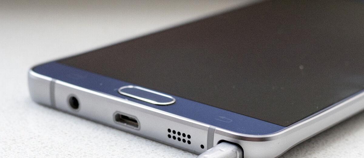 7 Pertolongan Pertama yang Harus Dilakukan Ketika Smartphone Mati Total