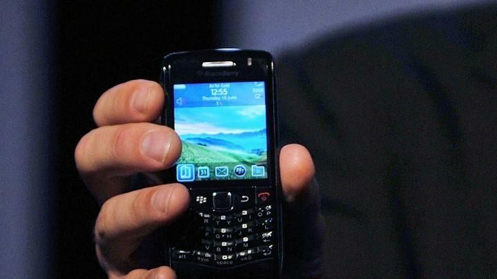 Nostalgia YUK! Kenang Masa Indah 5 HP BlackBerry yang Terbaik Pada Masanya