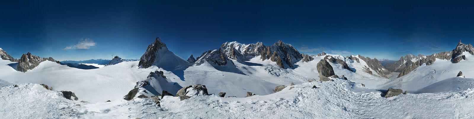 Foto Gunung 365 Gigapixel