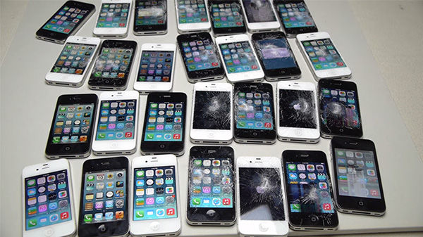 Penghancuran 30 Iphone