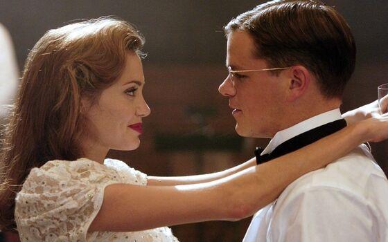 Aktor Yang Benci Ciuman Dengan Lawan Mainnya Angelina Jolie Dan Matt Damon 8e7d9