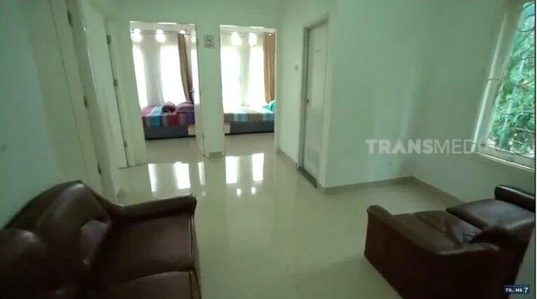 Kamar Kamar Di Rumah Irene Sukandar B589d