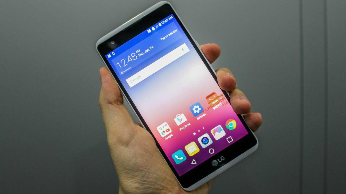 Smartphone Dengan Baterai Paling Hemat 2