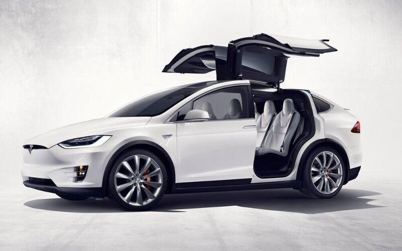 Tesla Model X Fa1d7