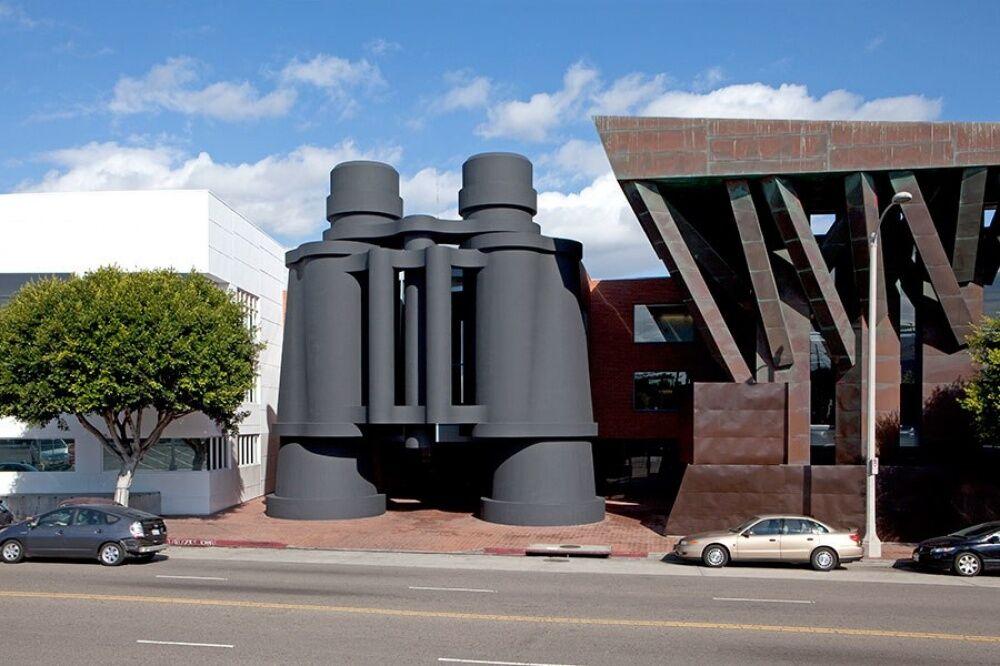 Desain Bangunan Paling Unik Dan Aneh Di Dunia 4