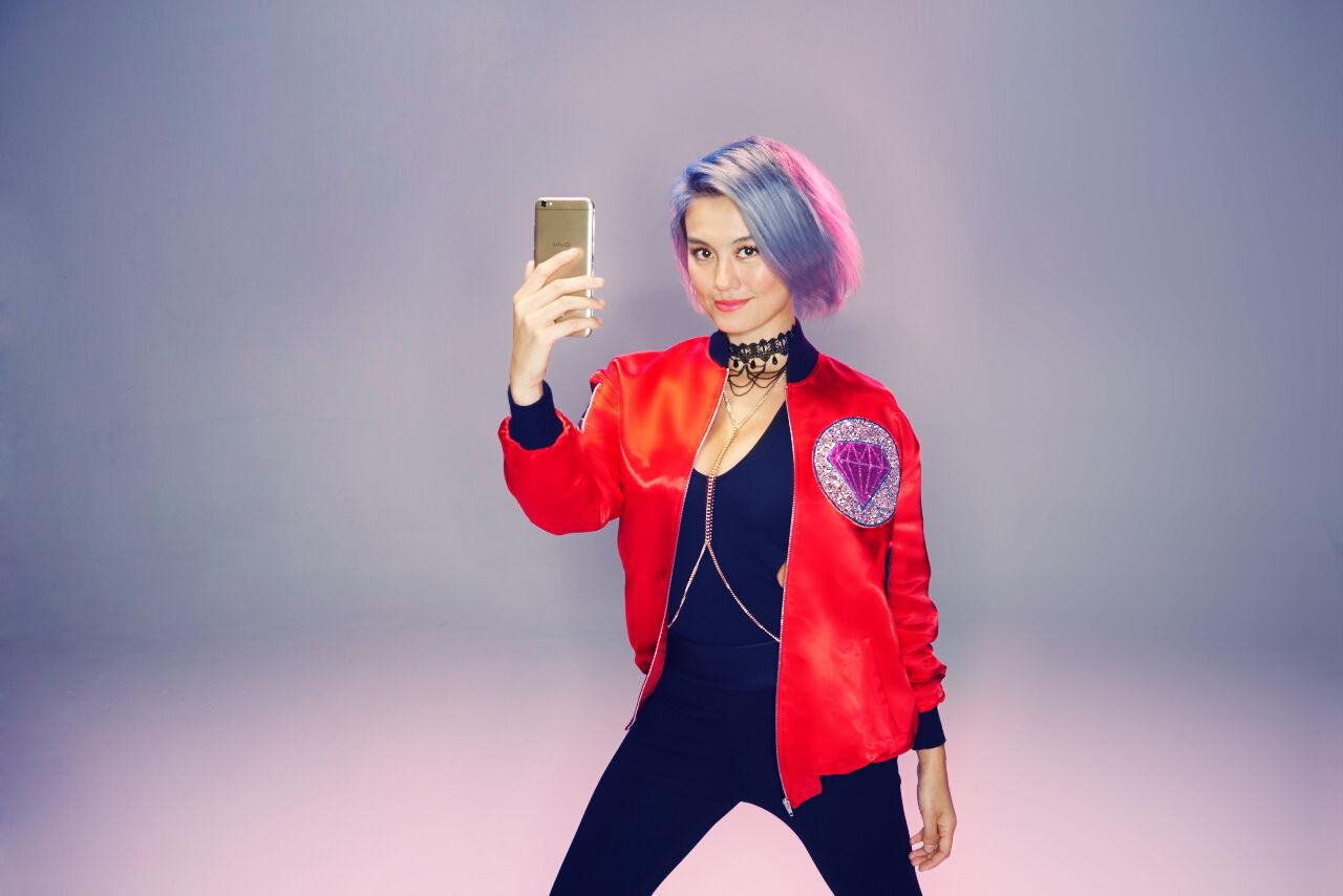 Vivo V5 Smartphone Selfie Terbaik 2